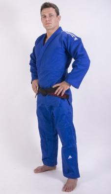 Judopak Adidas Champion II   IJF-goedgekeurd   blauw